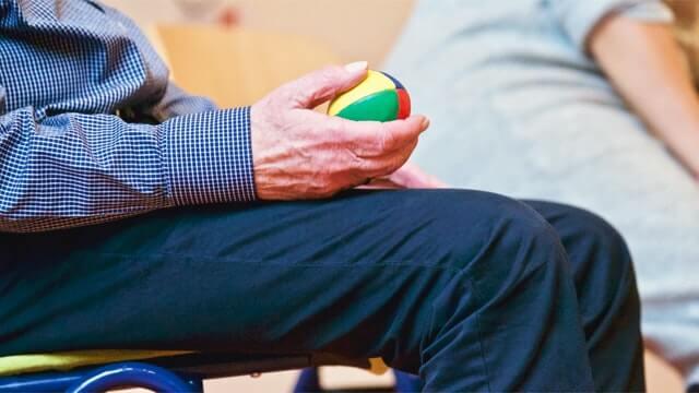 La importancia del ejercicio para las personas mayores durante el confinamiento