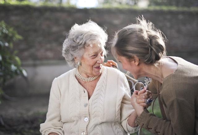 ¿Cómo aliviar el estrés? Terapia de la risa