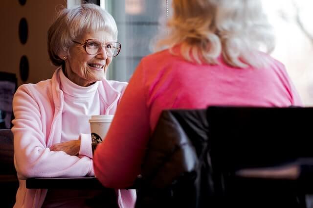 Consejos para una buena convivencia cuidador vs persona mayor
