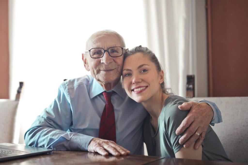 Cuidar persona mayor con diabetes