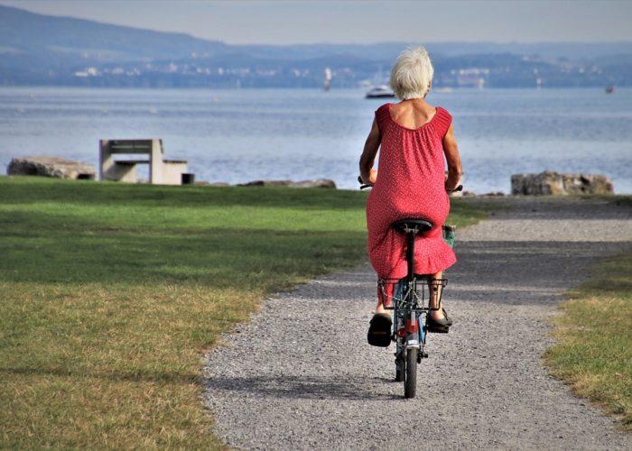 incentivar la interacción social en las personas mayores