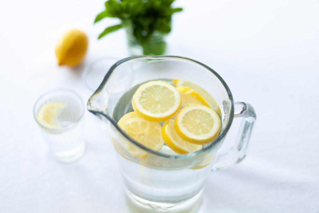 Como evitar la deshidratación en mayores